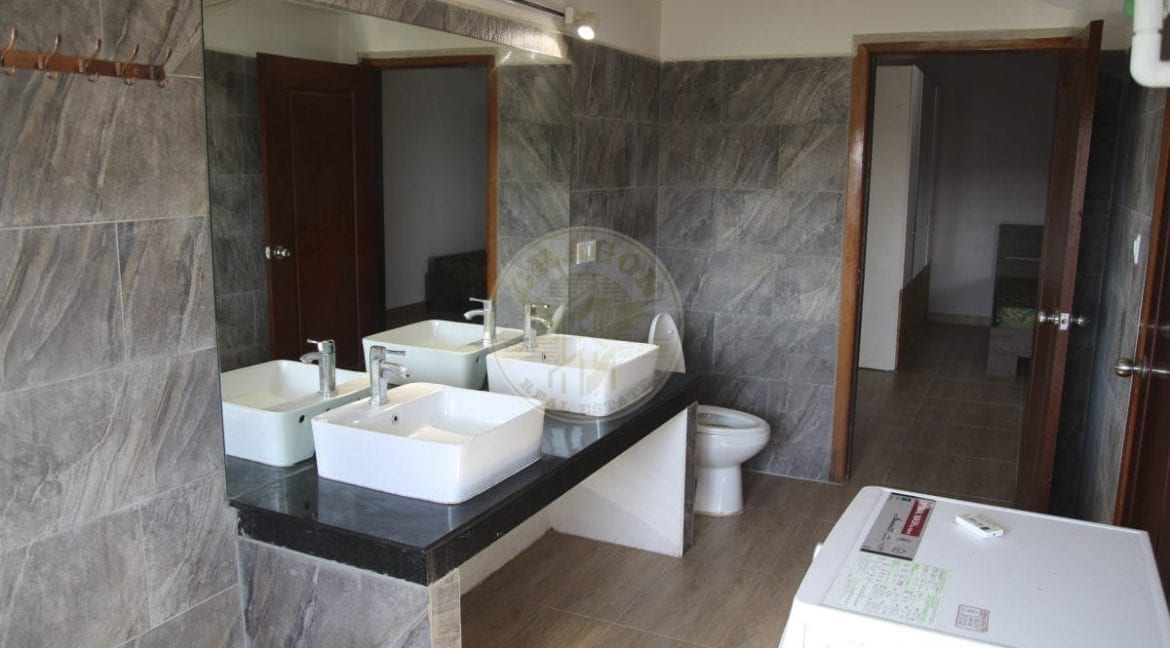 Pent House for Rent for only 700 Per Month. Real Estate Sihanoukville