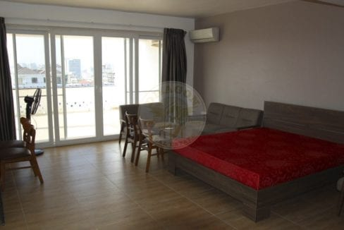 Pent House for Rent for only 700 Per Month. Real Estate in Sihanoukville