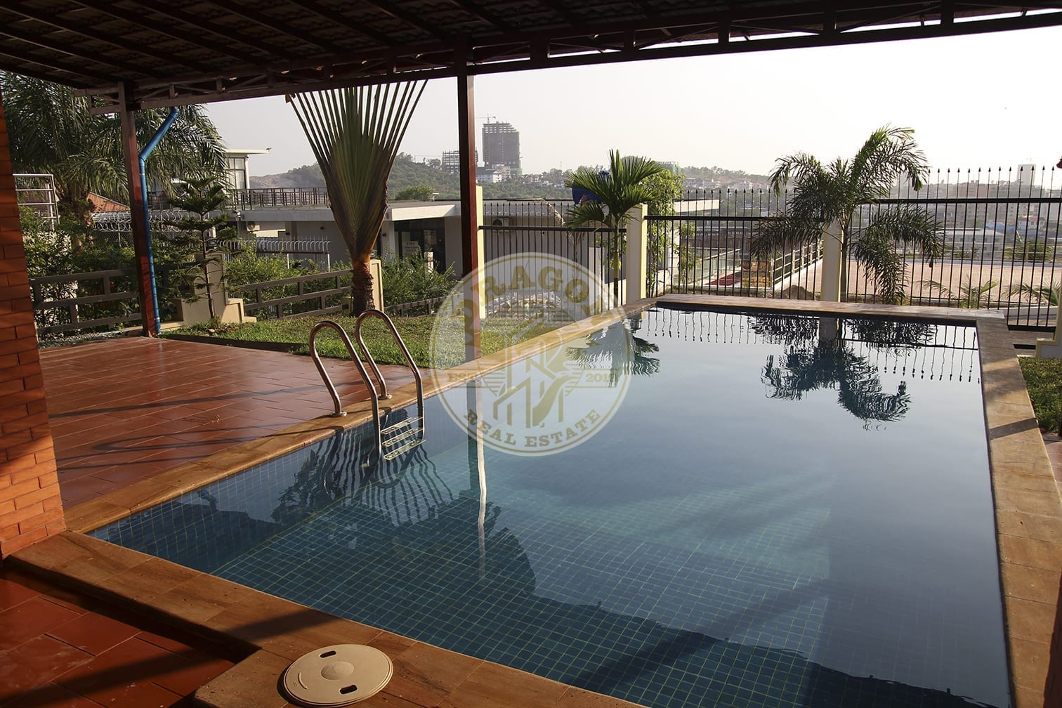 Villa with nice pool for Rent