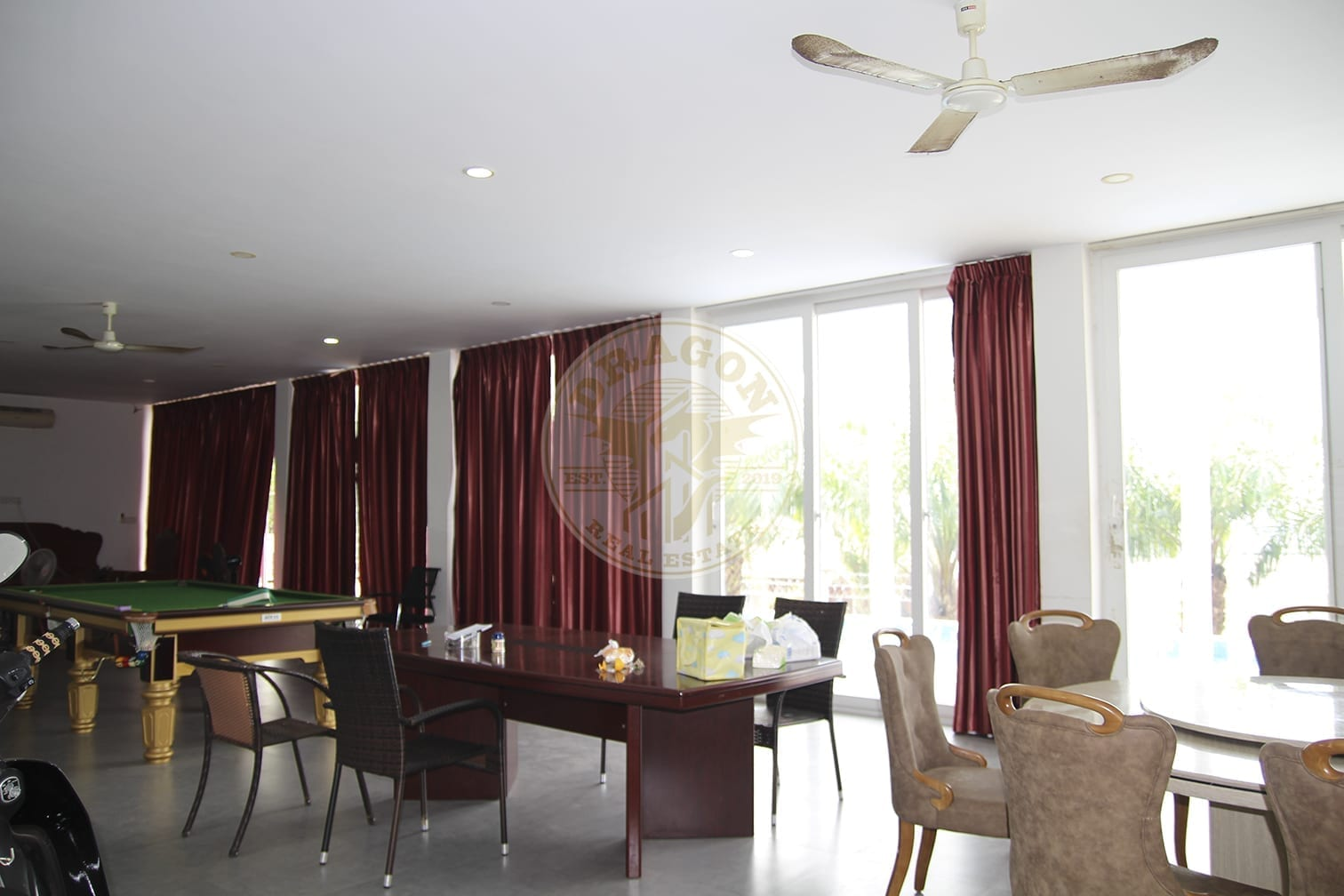 Villa with 6 Bedrooms and Bathroom. Sihanoukville Property