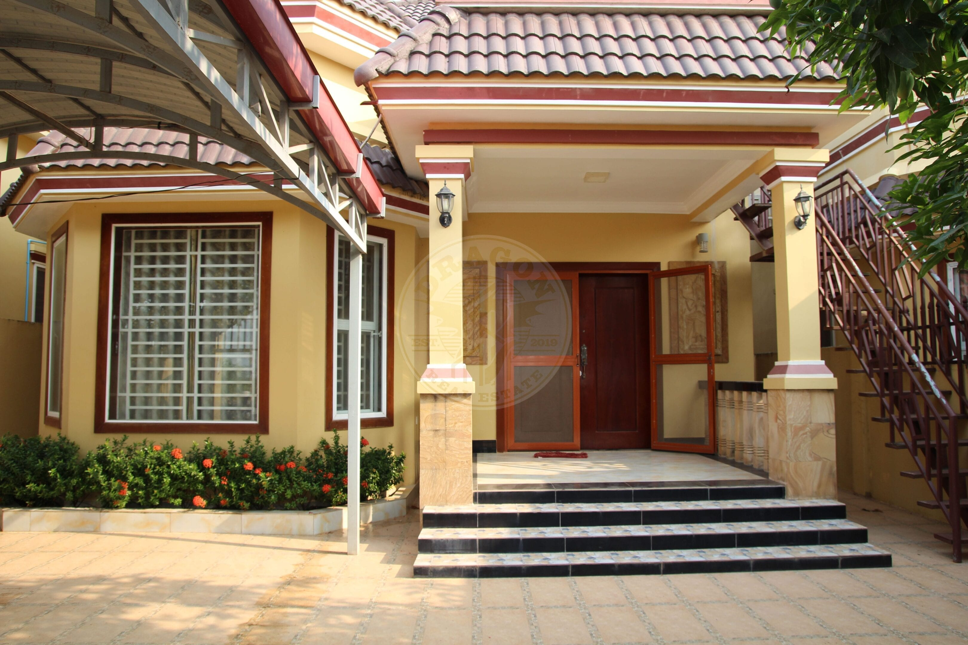 Bright and Spacious Villa. Sihanoukville Real Estate