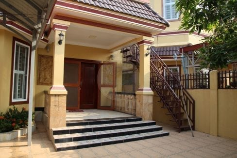 Bright and Spacious Villa. Sihanoukville Property