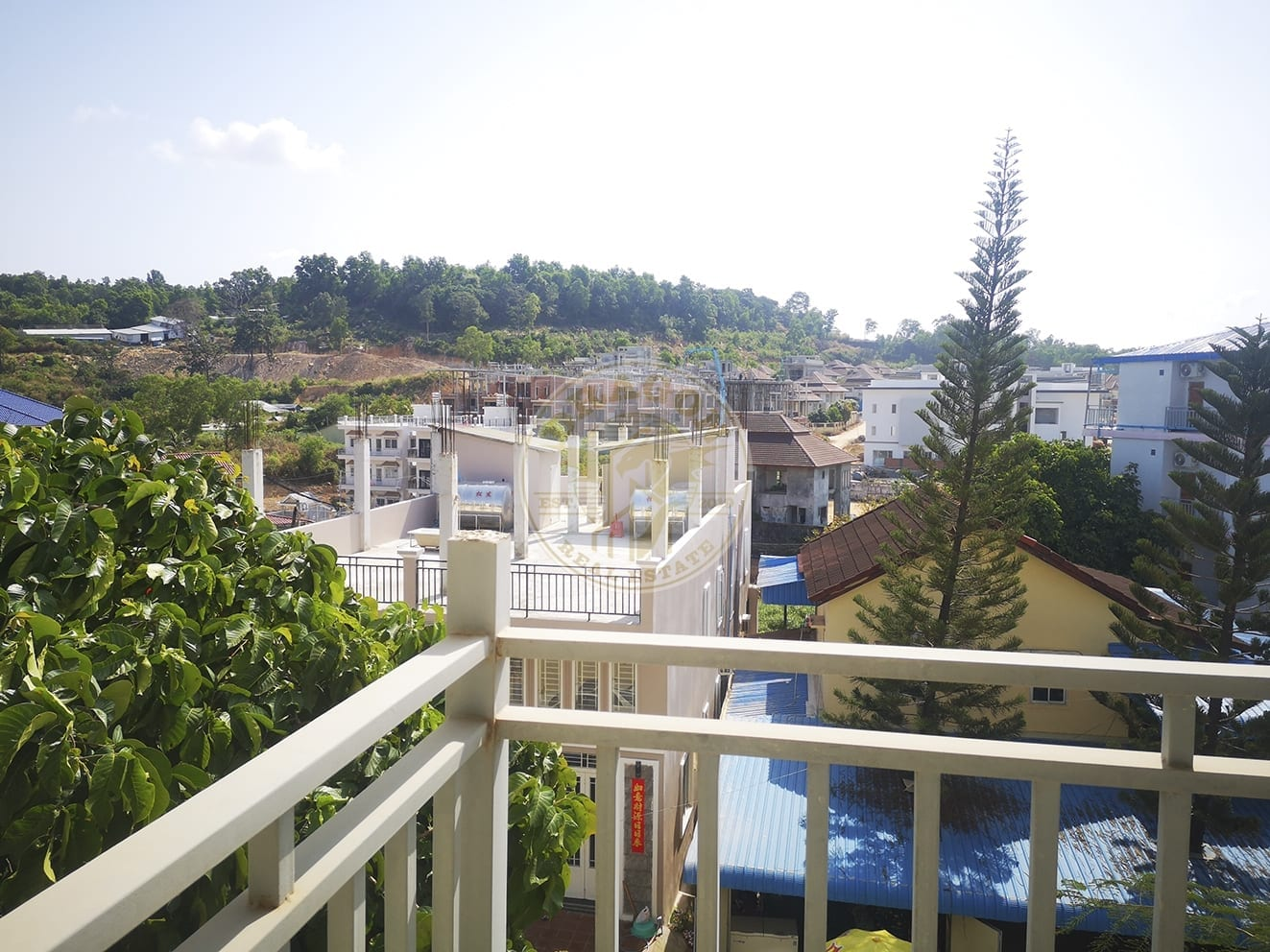 Apartment w/ Two balconies for Rent. Sihanoukville Cambodia Property Sale
