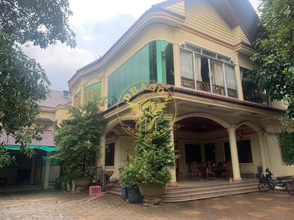 Khmer Style Beach Mansion For Rent