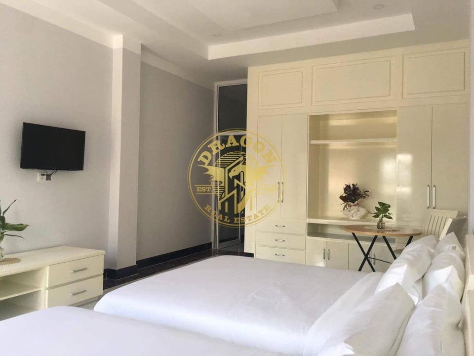 2 Beds Apartment For Rent Near Airport