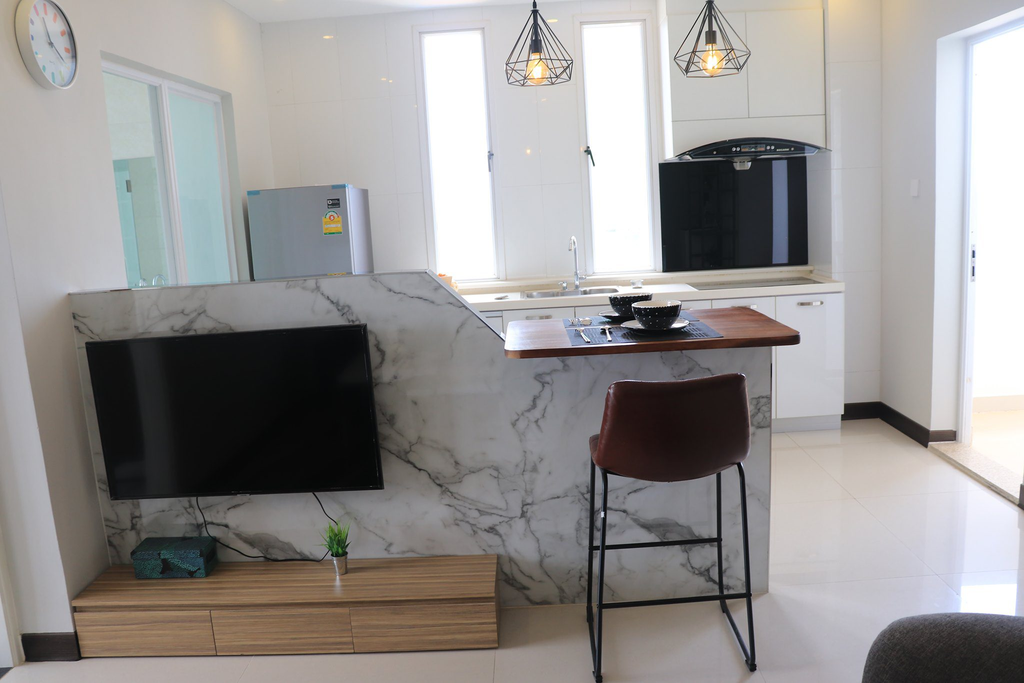 PRECIOUS APARTMENT 500 Only For Rent